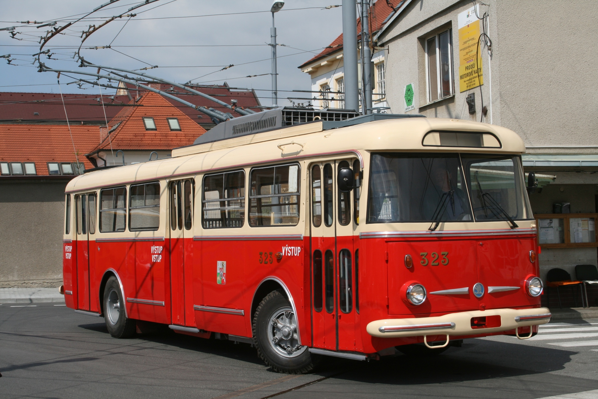 ŠKODA 9Tr trolleybus no. 323 from 1979